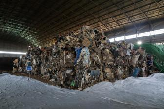 China to ban all solid waste import starting 2021